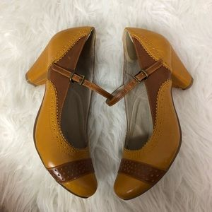 Chelsea Crew Mojito pump mustard yellow & brown 39